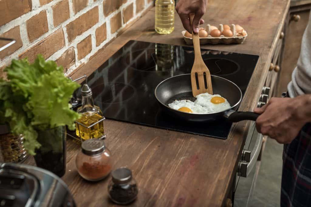 consommation plaque de cuisson induction